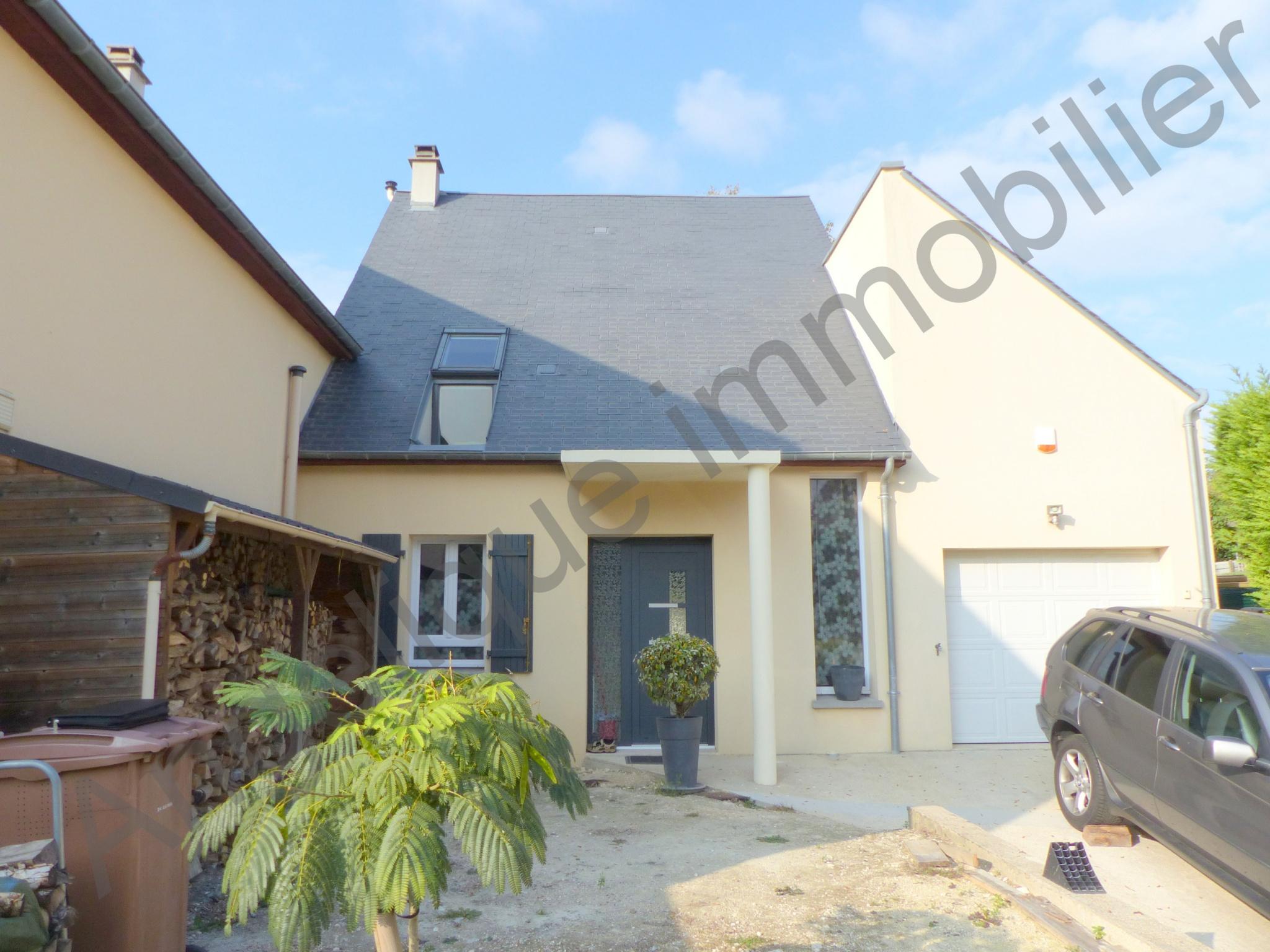 Vente maison villa beau pavillon atypique 7 minutes d for Maison atypique 94